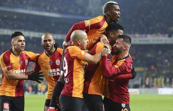 Galatasaray Kadıköy'de Fenerbaheç'yi...