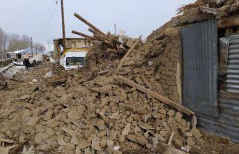 İran'daki deprem sonrası Van'daki ölü...