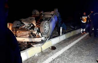 Yolcu otobüsü ile otomobil çarpıştı: 3 ölü, 2 yaralı