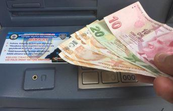 ATM'lerde vatandaşlara dolandırıcı uyarısı