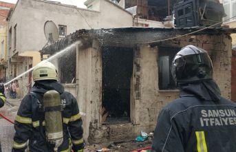Eşine kızdı evini yaktı