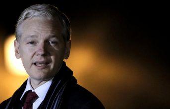 WikiLeaks'in kurucusu Assange hakim karşısında