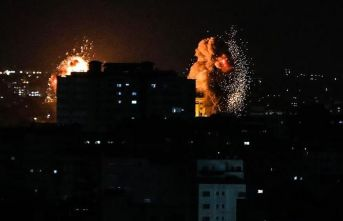 İsrail savaş uçakları Gazze'yi vurmaya devam ediyor