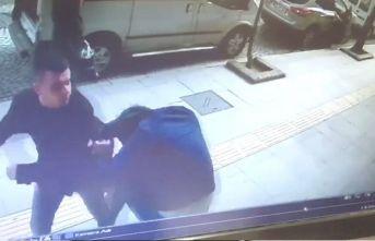 Eski okul arkadaşına sokak ortasında saldırmıştı!...