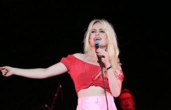 Ünlü şarkıcıdan şok eden tecavüz itirafı