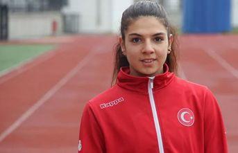 Özel sporcu Esra Bayrak dünya şampiyonu oldu