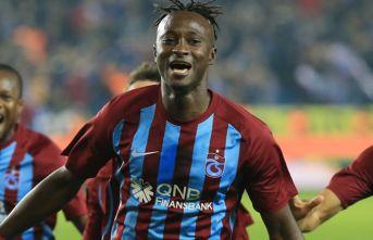 Trabzonspor'un eski yıldızı o maç için Türkiye'ye geliyor