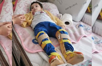 Engelli çocuğun hastalığına teşhis konulamıyor