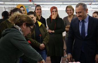300 kadına Trabzon gezisi sözü verdi