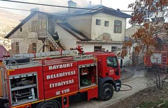 Bayburt'ta korkutan yangın
