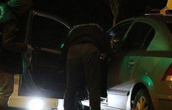 Düzce'de bir kişi otomobilde öldürüldü