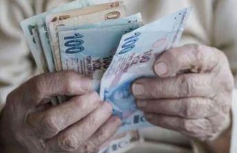 Sokağa çıkma yasağı olan emeklilere evde maaş!