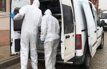 33 yaşındaki adam yattığı kanepede ölü bulundu!