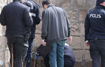 Mezarlıkta ceset ihbarı polisi alarma geçirdi!