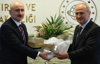 Bir Trabzonlu gitti diğeri geldi! Devir Teslim yapıldı