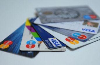 Kredi kartı faizleri düştü!