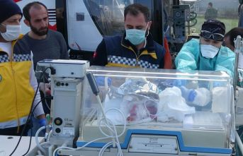 Ambulans helikopter anne karnından alınan bebek için havalandı
