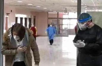 Corona virüs tedavisi biten 20 kişi, alkışlarla taburcu oldu