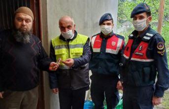 Trabzon'da sosyal yardımlar evlere gidiyor