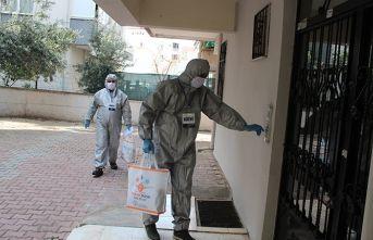 Antalya'da 250 kişilik yıkanabilir maske dağıtımordusu