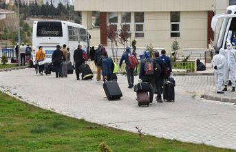 Katar'dan getirilen 166 Türk, gözlem altına alındı
