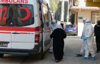Yaşlı kadın karantinadan kaçtı şehir ayağa kalktı