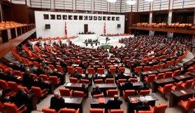 Anayasa Komisyonu'nda gerginlik