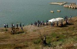 Baraja giren 2'si kardeş 3 çocuk hayatını kaybetti