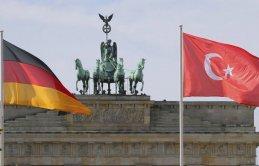 Almanya'dan skandal FETÖ kararı!