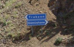 Trabzon Gümüşhane yolunda heyelan