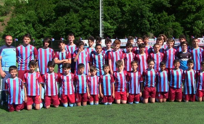 Trabzonspor futbol turnuvası düzenledi