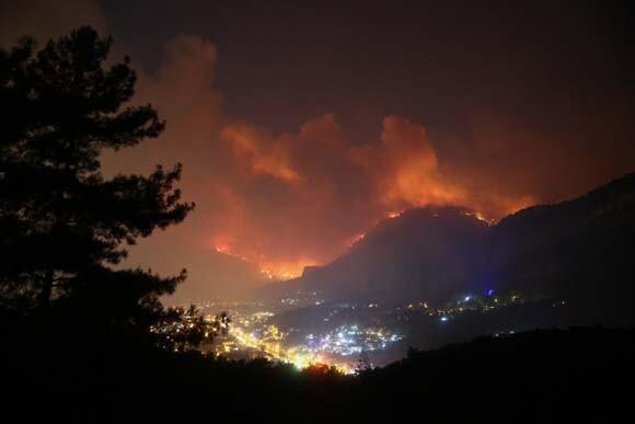 Muğla'da korkutan yangın kontrol altına alındı