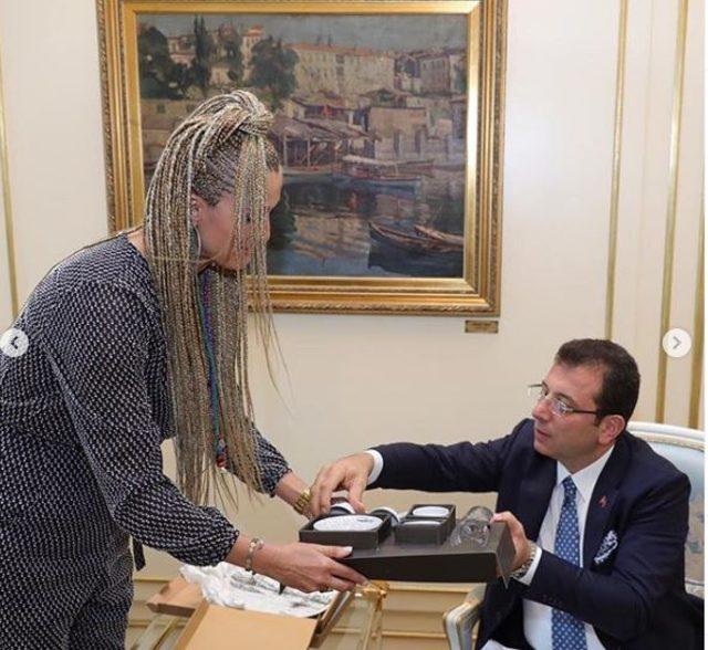 Tuğba Özay, Ekrem İmamoğlu'nu ziyaret etti