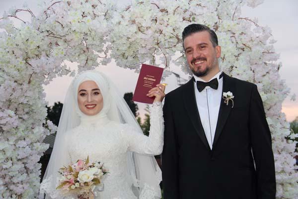 Murat ve Çiğdem'e mutluluklar...