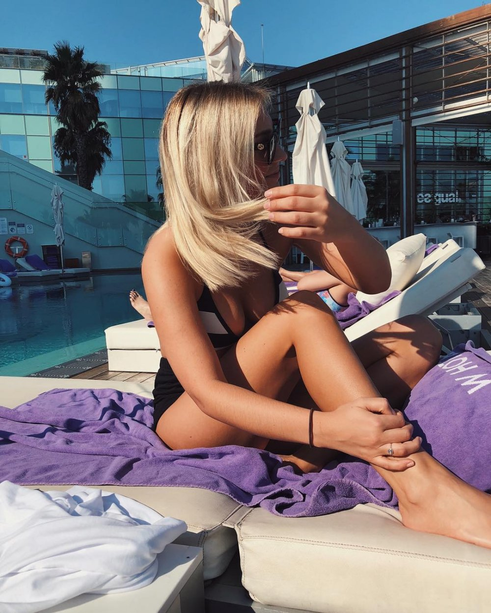 Trabzonspor'un yeni yengesi! Alexander Shörloth'ün eşi Lena Selnes'in fotoğrafları...