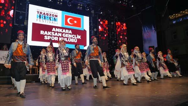 """""""Uluslararası Trabzon Horon Festivali"""" devam ediyor"""