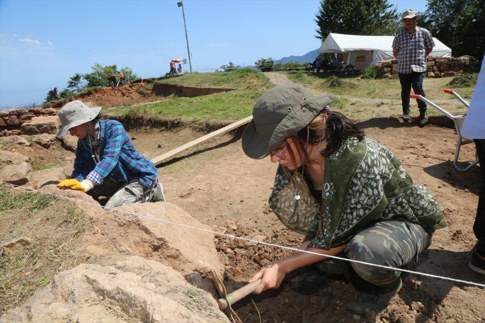 Ordu Kurul Kalesi'ndeki kazı çalışmaları sürüyor