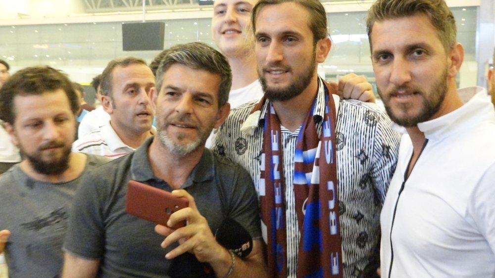 Yusuf Yazıcı Trabzon'dan ayrıldı
