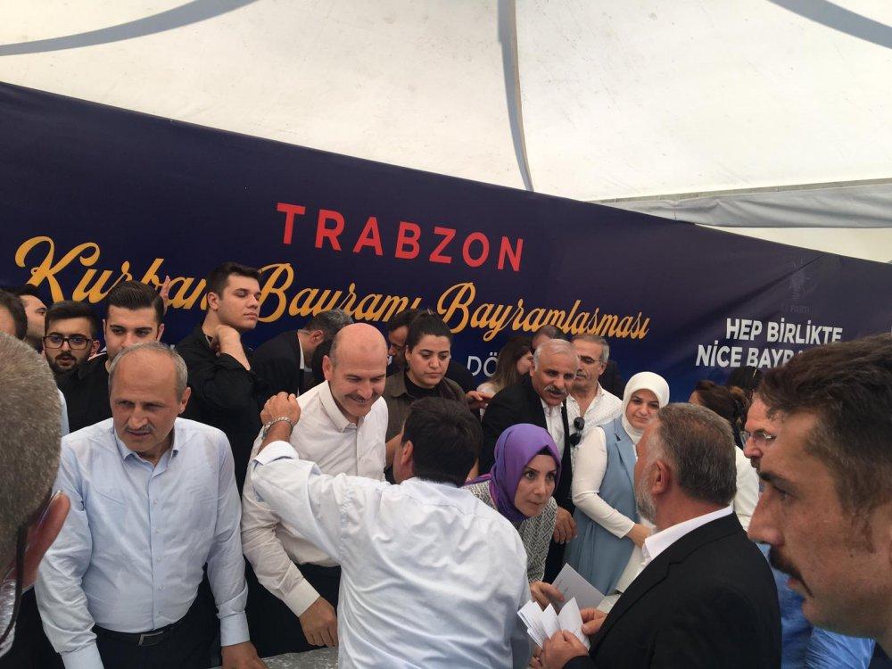 """Trabzon'da iki bakanlı bayramlaşma: """"Size mahçup olmayacağız"""""""