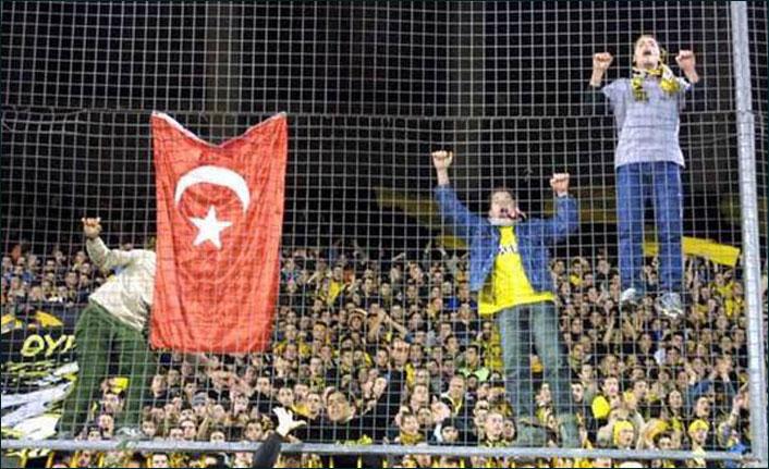 Trabzonspor'un rakibi AEK Atina'yı inceleyelim!
