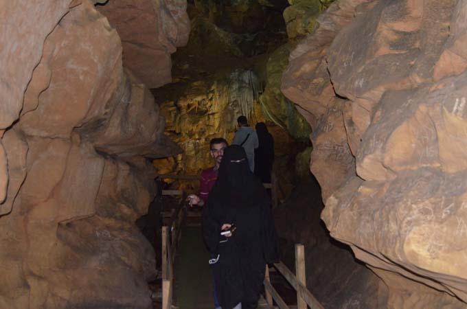 Çal Mağarası yabancı turistlerin ilgi odağı