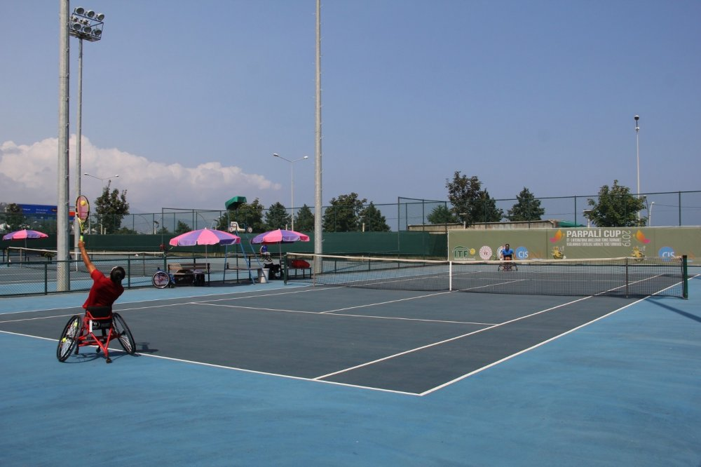 Trabzon'da Parpali Cup turnuvası başladı