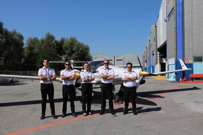 Pilot adayları uçmayı Samsun'da öğreniyor