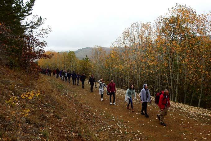 Gümüşhaneli dağcılar sonbaharın tadını çıkarıyor