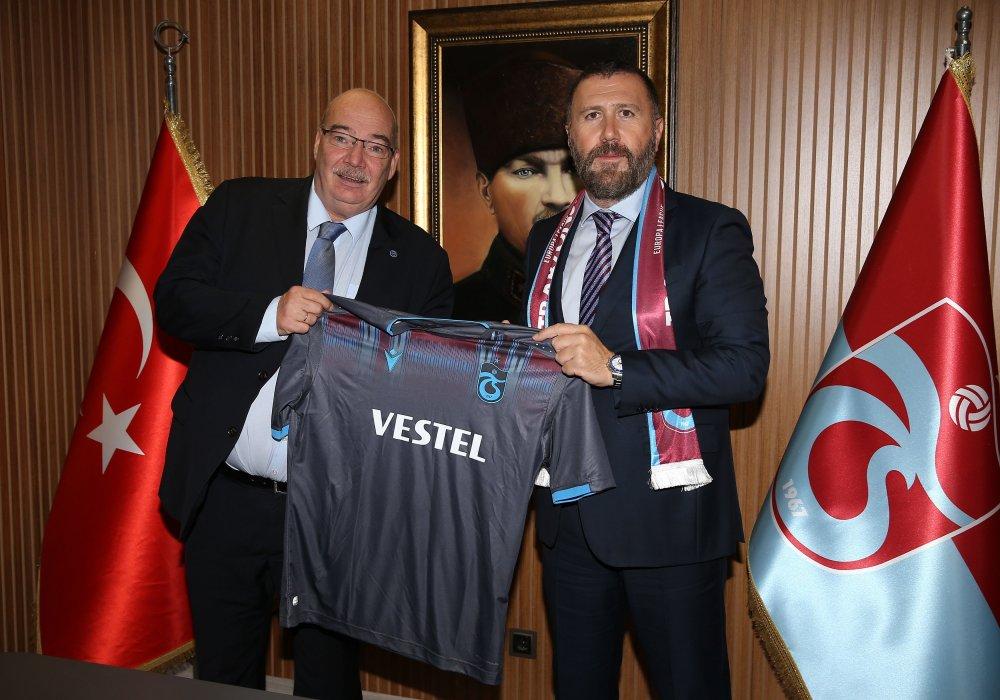 Trabzonspor'dan Krasnodar'a jest
