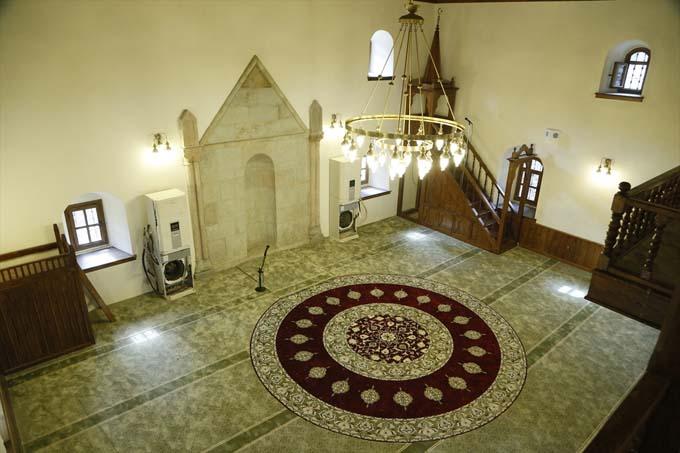 Asırlık caminin restorasyonu tamamlandı