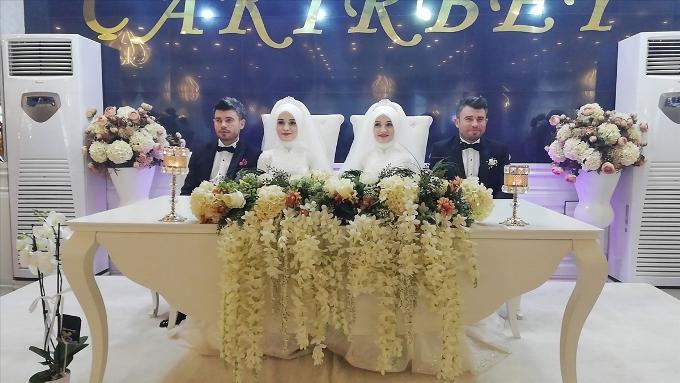 Ordu'da bir ilginç düğün - Gelinler de damatlar da...