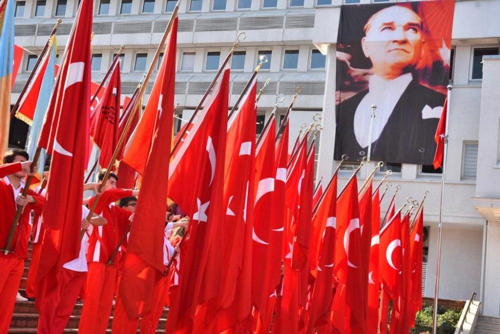 29 Ekim etkinlikleri Trabzon'da başladı