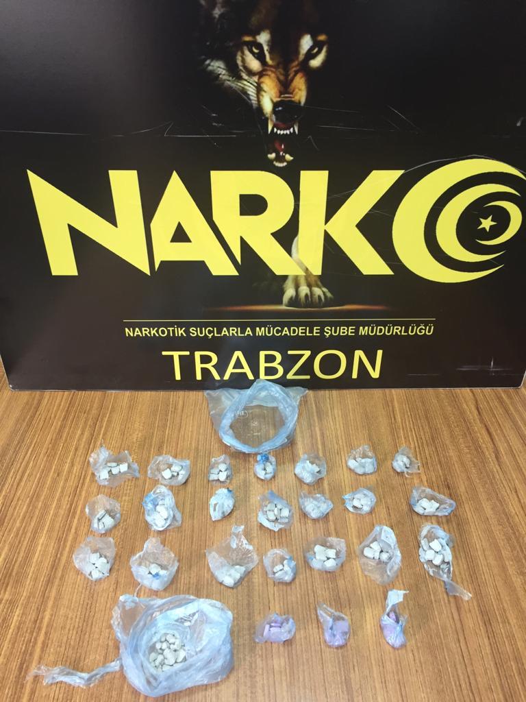 Trabzon'da uyuşturucu operasyonu! Haplar bakın neresinden çıktı
