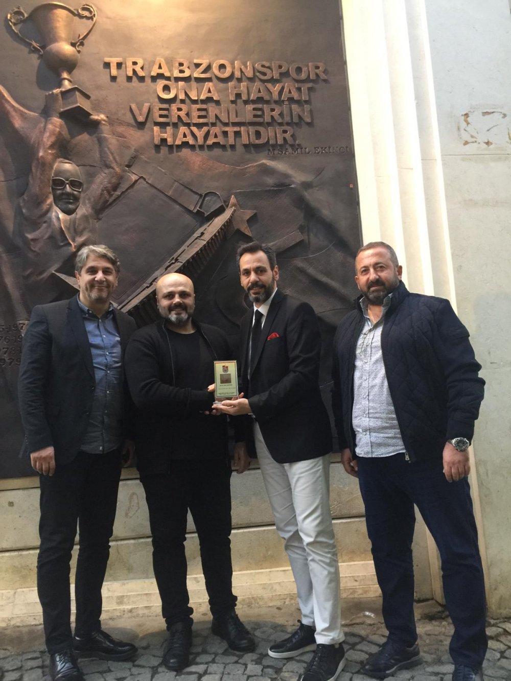 Trabzonspor müzesini sanat eserine dönüştürdü